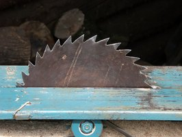 woodwork cutting tools