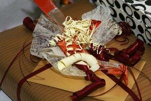 Around the clock wedding shower gift ideas ehow for Around the clock bridal shower decoration ideas