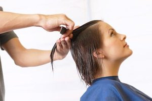 Instructions for a Wedge Haircut (7 Steps) | eHow