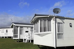 Typical cost of moving a mobile home ehow Cost of moving a modular home