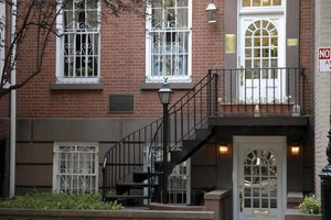 are the legal requirements for basement apartments in chicago ehow