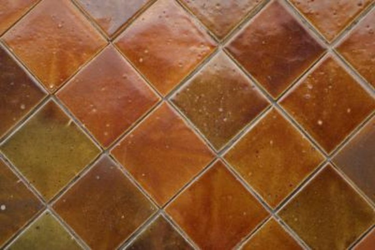 Ceramic edge tile