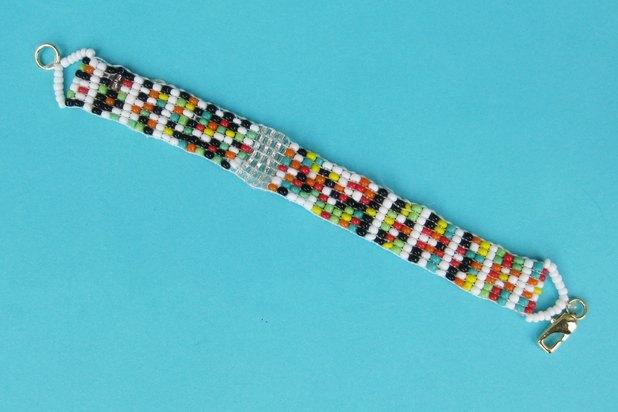 how to loom a bracelet ehow