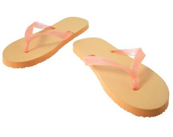 How to Create Fabric-tied Flip-flops