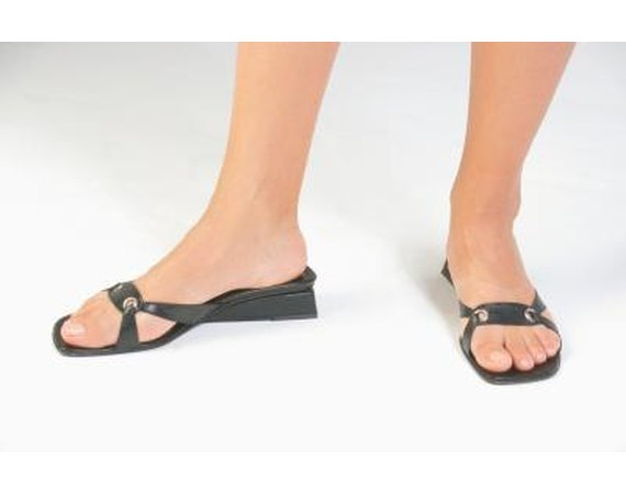 How to Keep My Sandles From Stinking