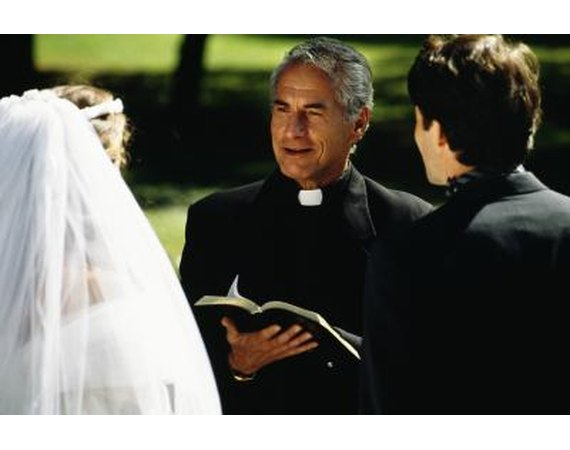 Wedding Etiquette Regarding Paying the Preacher
