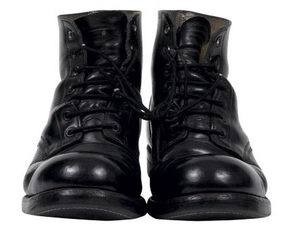 How to Protect Leather Boots From Salt Damage