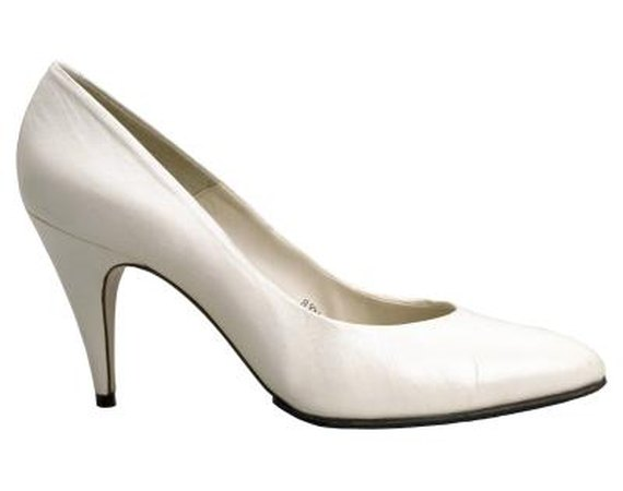 How to Wear Satin Pumps