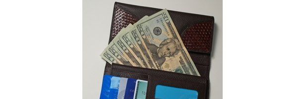 How to Send Money Online Using My American Express Card thumbnail