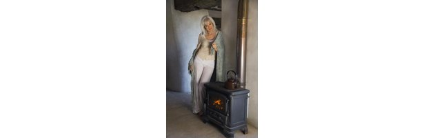 How To Avoid Creosote Build Up In Wood Stoves Ehow
