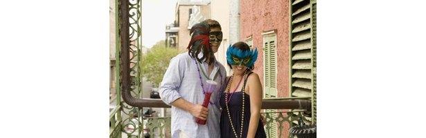 Fashions & Hairstyles of Mardi Gras thumbnail