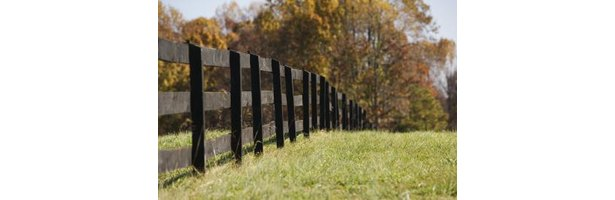 The Best Way To Attach Runners On Wood Privacy Fence Posts