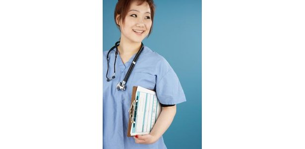 What Is the Advantage of Becoming a Nurse Practitioner? thumbnail