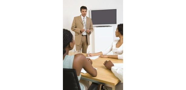Key Objectives of Training Employees thumbnail