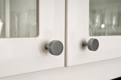 Installing knobs on kitchen cabinet doors cabinet doors for Adding hardware to kitchen cabinets
