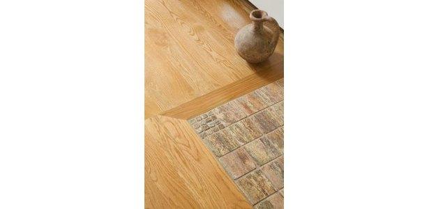 Laminate Flooring: Attach Threshold Laminate Flooring
