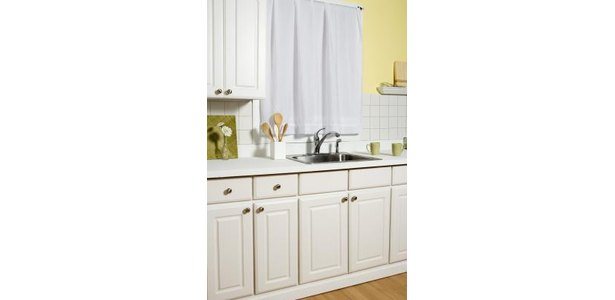 Browse Cabinet Doors by Style - KraftMaid Cabinetry