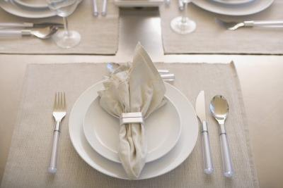 What Is the Proper Placement for Flatware for a Table Setting? | eHow