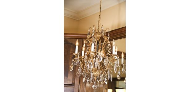 Chandelier - Wikipedia, the free encyclopedia