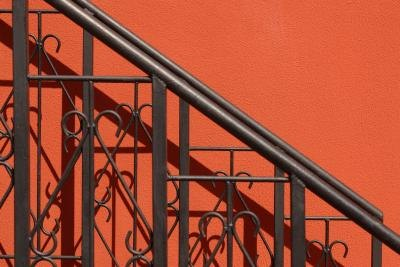 Paint Ideas for a Wrought Iron Staircase Railing | eHow