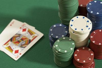 How to Play Texas Hold 'Em Like a Pro thumbnail