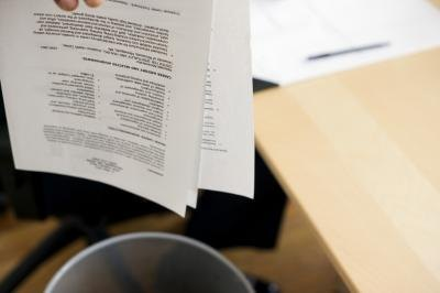 Mistakes to Avoid When Writing a Resume thumbnail