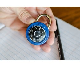 How To: Crack Combination Lock (seconds, no tools) -
