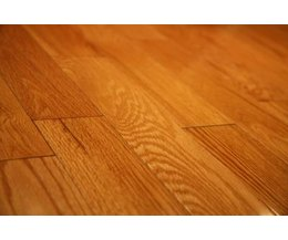 Cheap flooring ideas with pictures ehow for Cheap wood flooring ideas