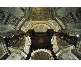Vaulted vs cathedral ceilings ehow for Vaulted vs cathedral ceiling
