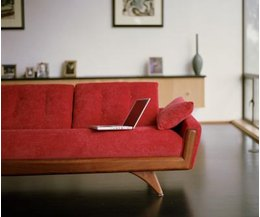 What paint colors go with red with pictures ehow - Sofa cama rojo ...