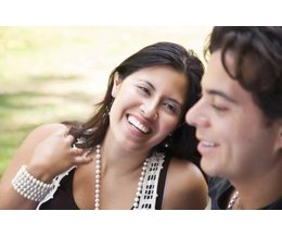 hispanic dating customs Latinopeoplemeetcom is the online dating community dedicated to singles that identify themselves as latino, hispanic, chicano, spanish and more.