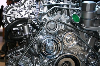 What Are the Causes of Gas in an Oil Pan?