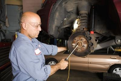 How to Change the Brakes on a Lexus ES 300