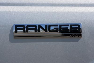 How to Replace a Ford Ranger Slider Window