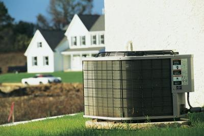 Decorative ways to hide an outdoor air conditioner air for Ways to hide air conditioning units