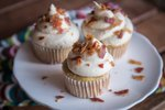 Cinnamon Spice Cupcakes with Maple Bacon Frosting Recipe