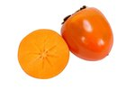 How to Clean a Persimmon
