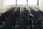 What Are the Duties of an Emcee?