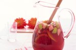 How to Use Pinot Noir for Sangria
