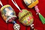 Egg Decorating Ideas: Decoupage