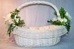 How to Decorate a Wedding Basket