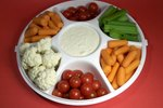 How to Calculate Serving Sizes on Party Trays