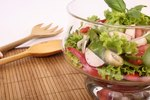 How to Serve Salads