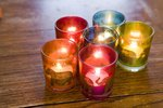 What Is the Difference Between Colored Candles & White Candles?