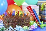 How to Decorate a Dorm Room for a Birthday Celebration