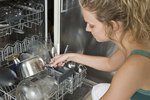 How to Clean the Inside of a Maytag Dishwasher