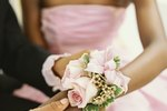 How to Make a Wrist Corsage in Ten Minutes