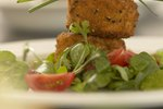 What Can I Use Instead of Bread Crumbs for Salmon Cakes?
