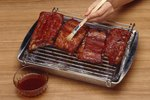 How to Eat Spare Ribs
