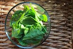 5 Foods to Eat for Healthy Skin, Hair and Nails